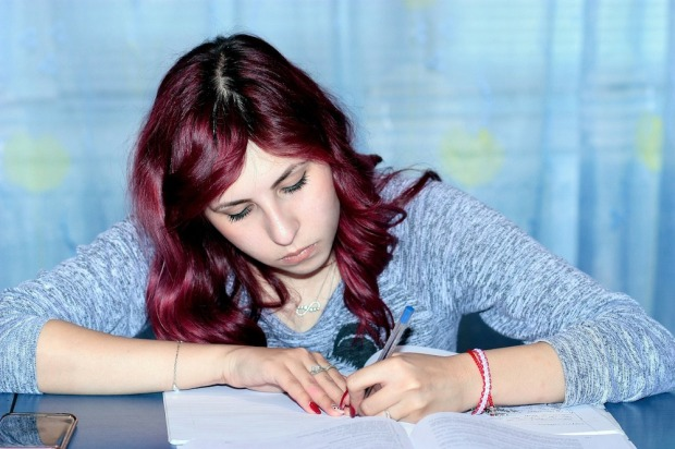 study-1231396_1280
